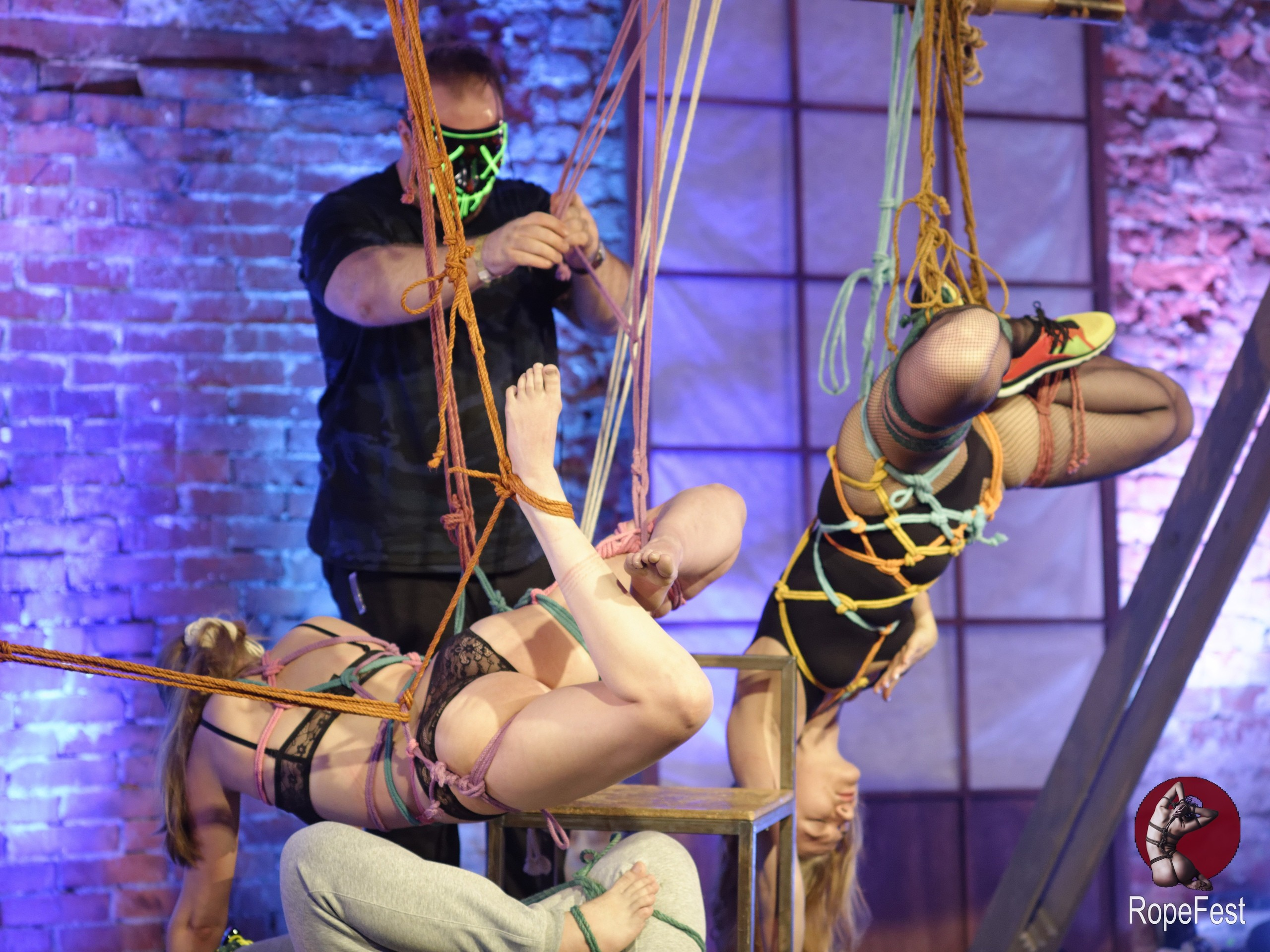 Rope Fest Peterburg . Bondage: Artefackt. Photo by Evgeniy Kuryanov